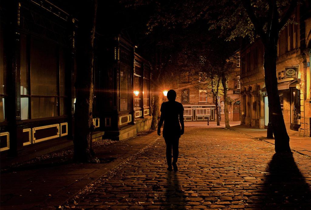 Mi mente ante el vacío, la incertidumbre, al no saber qué va a pasar en el futuro cercano, inmediato…Prevé lo peor